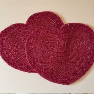 2 embroidered beaded red sequin heart placemats ❤️